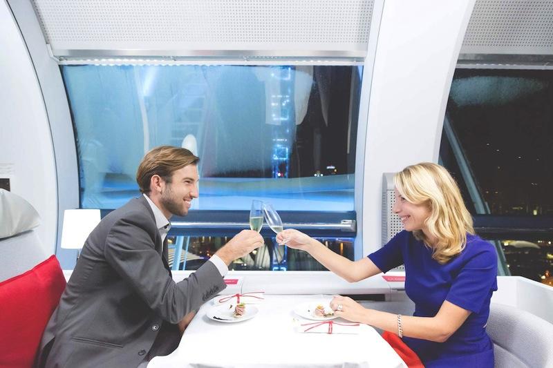 Air_France_La_Premiere_Suite_couple_celebrations_2015_singapore_ashlogue.com_