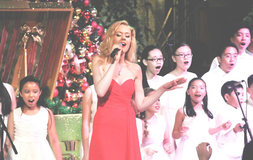 David_Beckham_Marina_Bay_Sands_Christmas_Clara_Helms_ashlogue.com