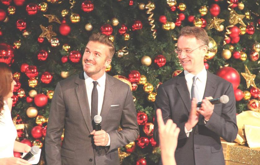 David_Beckham_Marina_Bay_Sands_Christmas_Fans_2015_singapore_ashlogue.com