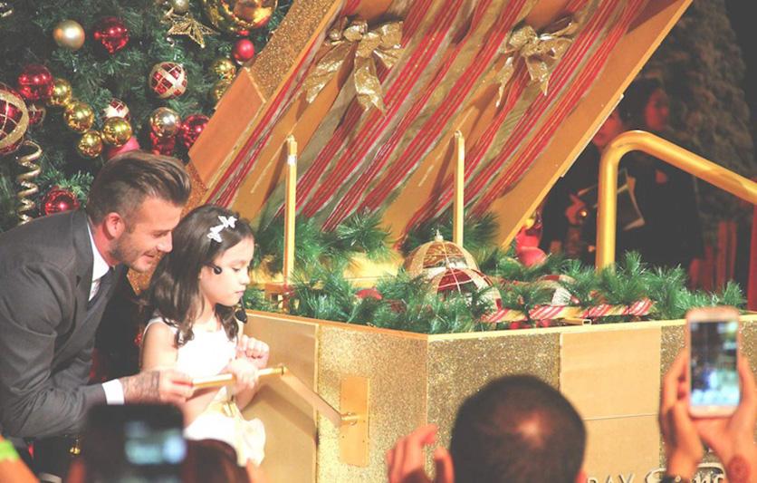 David_Beckham_Marina_Bay_Sands_Light-up_Christmas_2015_singapore_ashlogue.com (2)