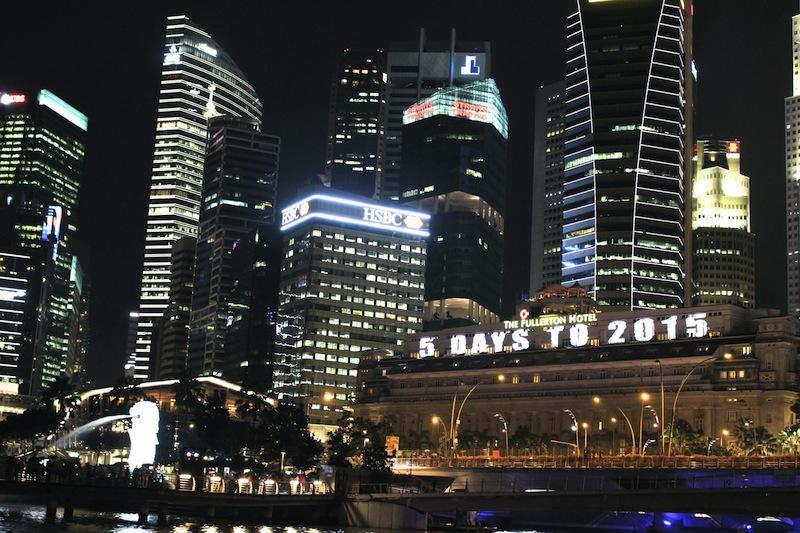 Marina_Bay_new_year_countdown_The_Fullerton_Hotel_Raffles_Place_SG50_2015_singapore_ashlogue.com_