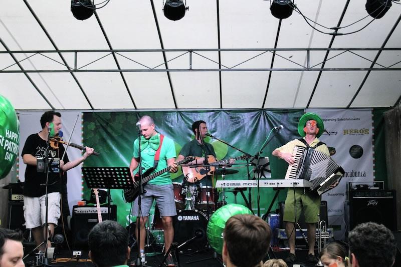 st_patricks_day_street_festival_guinness_music_band_ashlogue