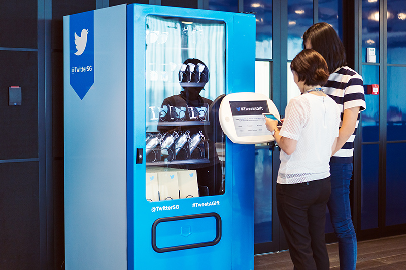 Twitter-APAC-HQ-Singapore-cool-office-tweet-a-gift-machine-aliza-knox-Yaacob-Ibrahim-Opening-Career-Social-home4good-Jobs-ashleey-leong-ashlogue