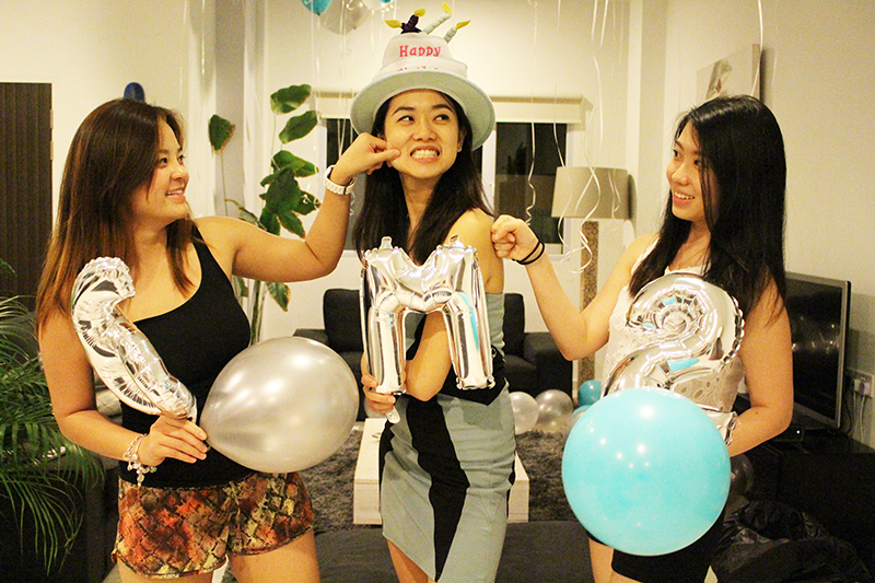ashlogue_airbnb_ashleey_leong_singapore_birthday_house_bash_party_paya_lebar_living_turquoise_party_wholesale_centre_surprise_balloons_friends_funtimes_alvinology