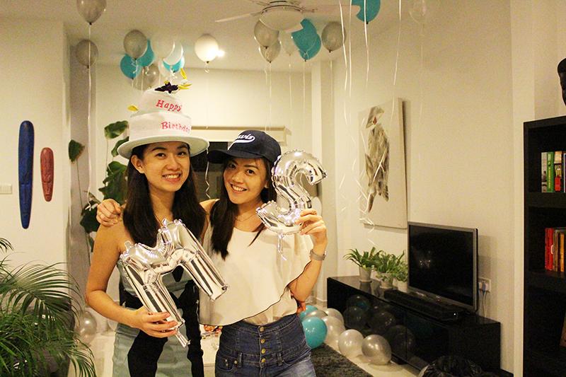 ashlogue_airbnb_ashleey_leong_singapore_birthday_house_bash_party_paya_lebar_living_turquoise_pyjamas_peter_alexander_friends_gathering_quality_time_moments_alvinology