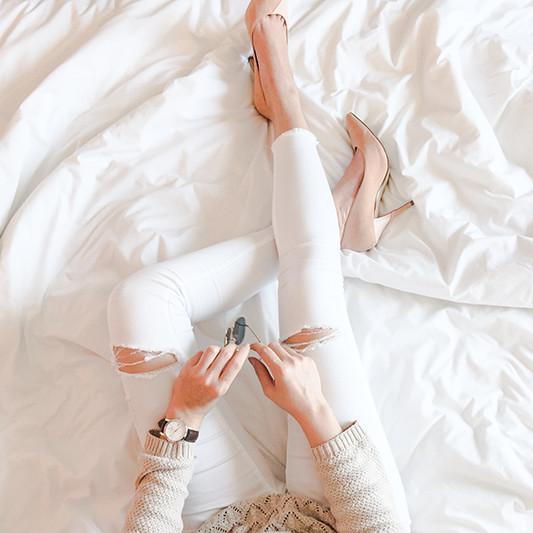 topman_topshop_zalora_launch_party_ashleey_leong_ashlogue_2015_hong_kong_white_jeans_nude_heels