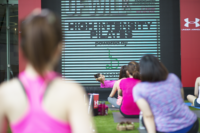 ashlogue_under_armour_singapore_womenofwill_2015_capitol_piazza_yoga_pilates_breast_cancer_campaign_power_in_pink_kelly_latimer.png