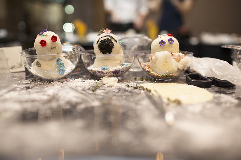 Ashlogue_alvinology_ashleey_leong_singapore_2015_christmas_1-altitude_stellar_raffles_snowmen_chef_jasmine_chew_mochi_desserts_december