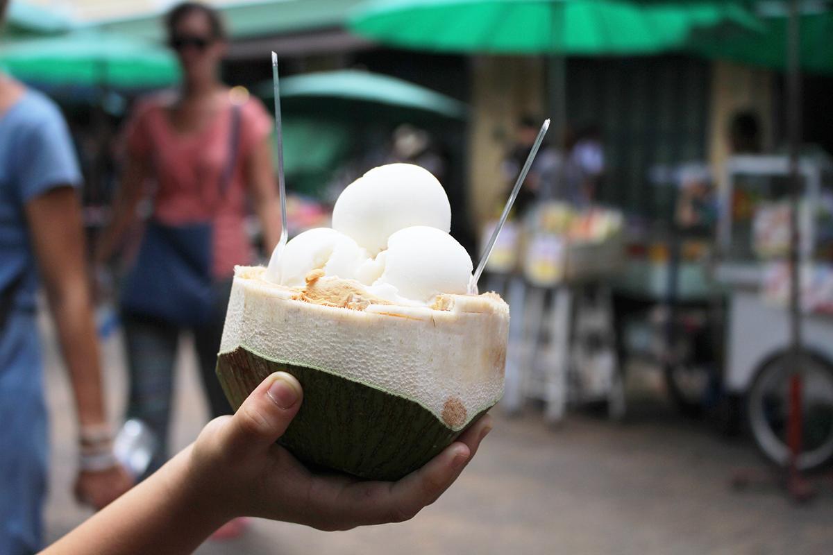 ashlogue_ashleey leong_bangkok_oriental residence bangkok_family vacation_luxrious apartment_luxury hotel in bangkok_booking.com_tripadvisor__chachutak market_bangkok coocnut ice cream