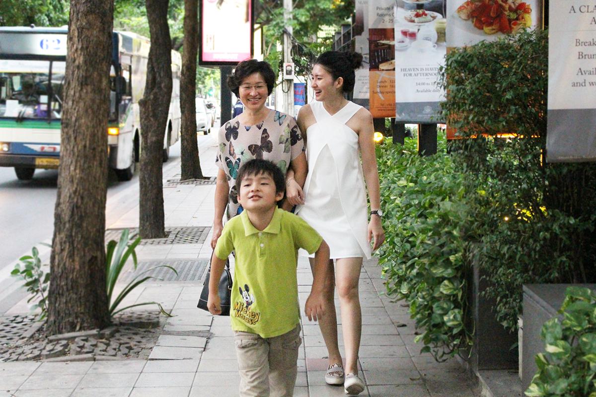 ashlogue_ashleey leong_bangkok_oriental residence bangkok_family vacation_luxrious apartment_luxury hotel in bangkok_booking.com_tripadvisor_agoda_bangkok street_2016__family